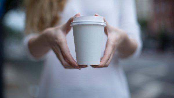 Das Kaffeebecher-Rätsel